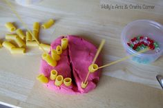 Holly's Arts and Crafts Corner: Toddler Activity: Playdoh Invitation