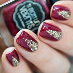 Elegant Red and Gold Nails for Holidays
