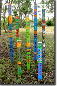 garden art---mernda totems