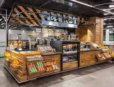 Breaking away from the standard airport food court, the new concept brings the outdoor vibrancy of an urban street food market indoors, for a fresh and exciting food experience that is a destination in its own right.