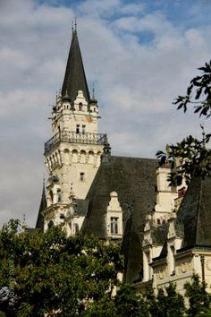 Budmerice Castle Porte Cochere, Sunroom, Tudor, Cape Cod, Pavilion, Colonial, Terrace, Villa, Castle