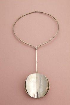 Kaunis Koru, vintage minimalist sterling silver ♥ I am very thankful for them ♥ Modern Jewelry, Metal Jewelry, Pendant Jewelry, Jewelry Art, Silver Jewelry, Vintage Jewelry, Jewelry Accessories, Jewelry Design, Jewellery