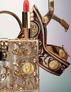 Dolce & Gabbana + Chanel http://www.flickr.com/photos/gabyblam/