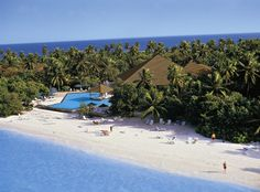 Adaaran Select Meedhupparu Island Resort, Raa Atoll #maldives #travel
