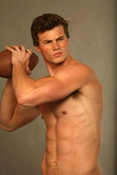 Derek Theler - Baby Daddy can he just be mine already!!