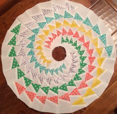 Spiraling Geese, foundation piecing design by Elaine Poplin :) so fun!