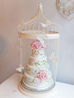 Pastel de boda en jaula