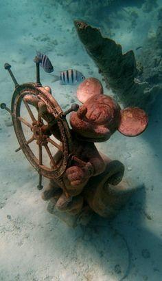 Disney's Fantasy cruise: The Mickey statue on a sunken ship ...