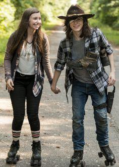 Enid & Carl (TWD 7x5)