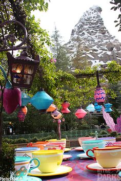 Spinning teacups in the shadow of the Matterhorn