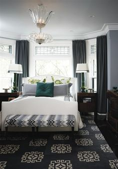 Calming Grey Bedroom (© Angus Fergusson)