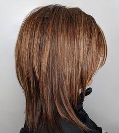 50 Medium Haircuts for Women That`ll Be Huge in 2020 – Hair Adviser Straight Modern Shaggy Haircut Medium Short Hair, Medium Hair Cuts, Short Hair Cuts, Medium Hair Styles, Short Hair Styles, Over 50 Hair Styles, Medium Shag Haircuts, Shaggy Haircuts, Medium Haircuts For Women
