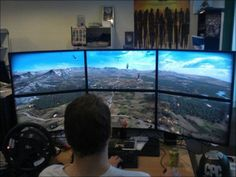 Awesome computer and gaming stations : theCHIVE