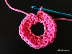 Let's make a bigger anchor with crochet :) – Natsulog Crochet Anchor, Crochet Hooks, Crochet Earrings Pattern, Crochet Patterns, Half Double Crochet, Single Crochet, Anchor Pattern, Magic Ring, Crochet Diagram