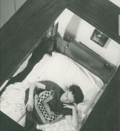 Frida nel suo letto