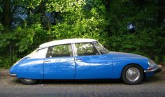 Google Image Result for http://www.blogcdn.com/www.autoblog.com/media/2009/02/citroen-ds.jpg