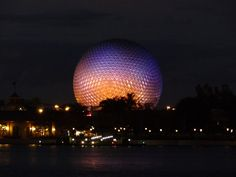 Love Epcot at night
