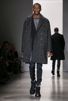 A look from the Calvin Klein Collection Fall 2015 Menswear collection.