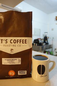 アメリカ・トピカから届いた     コロンビア Granja La Esperanza Pacamara Natural   ドライフルーツのクランベリー、プルーンなど ジューシーで甘い少し重めの風味のフルーツを想わせるコーヒー★