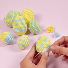 Polystyrene Easter Eggs decorated with Pearl Clay - Creative ideas Egg Crafts, Easter Crafts, Easter Eggs Kids, Egg Decorating, Diy Clay, Clay Beads, Different Patterns, Creative Kids, Quilling