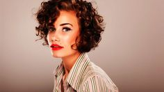 How to Style Curly Short Hair | Short Hair Tutorial for Women