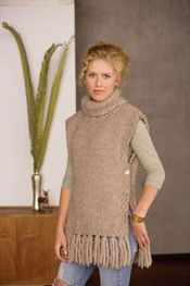 Go There Now Designer Kat Coyle Sizes 36 bust and 25 long from shoulder to hem, excluding fringe Yarn Blue Sky Alpacas Bulky Naturals alpaca, 50 wool; 45 yd g): Poncho Shawl, Crochet Poncho, Diy Crochet, Knitting Daily, Loom Knitting, Baby Knitting, Hippie Crochet, Vest Pattern, Knit Vest