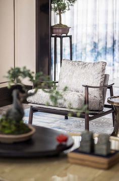 View the full picture gallery of JINKE JiuQu River Chinese Interior, Japanese Interior Design, Contemporary Interior Design, Luxury Home Decor, Luxury Homes, Indochine, Interior Decorating, Spa Interior, Furniture Design