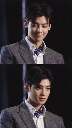Cha Eun Woo, Handsome Faces, Handsome Boys, Korean Celebrities, Korean Actors, Josh Hartnett Pearl Harbor, Cha Eunwoo Astro, Lee Dong Min, Sailor Moon Wallpaper