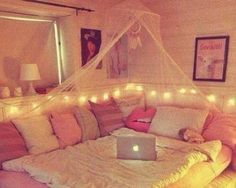 Teen Girl Bedrooms - A really powerful yet breathtaking pool of bedroom decor tricks. For additional enjoyable teen girl room decor information why not push the link to wade through the post example 5656724335 this instant. My New Room, My Room, Spare Room, Girl Bedroom Designs, Design Bedroom, Awesome Bedrooms, Nice Bedrooms, Hippie Bedrooms, Small Bedrooms