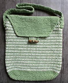 "Work Satchel Crochet Bag Pattern / for work or college / fits items 8.5"" x 11"" /instructions on how to reinforce for heavier books / FREE CROCHET pattern / very nice bag!!"
