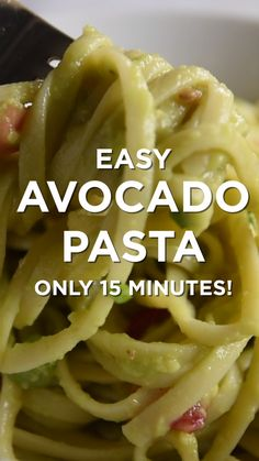 Quick and Easy Avocado Pasta – Babybrei-selber-machen.de Quick and Easy Avocado Pasta Avocado Pasta! This pasta comes together so quickly with no fancy equipment needed. Veggie Recipes, Vegetarian Recipes, Dinner Recipes, Cooking Recipes, Healthy Recipes, Quick Recipes, Vegan Avocado Recipes, Avacado Pasta Recipes, Recipes For One