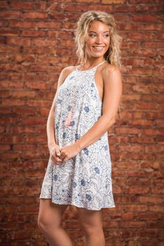 Lovely Adventures Dress, Navy There are so many elegant adventures you can have in this dress! The floral print is simple yet gorgeous! And the cut is so flattering and also loosely cut! Just pair with chic wedges and a trendy necklace and you'll be al Casual Dresses, Fashion Dresses, Trendy Necklaces, Yes To The Dress, Everyday Dresses, Boho Look, Dress Skirt, Floral Prints, Navy