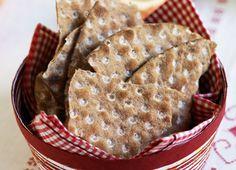 Knäckebröd Finnish Cuisine, Goodies, Bread, Countries, Food, Sweet Like Candy, Gummi Candy, Brot, Essen