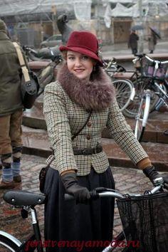 Женский твидовый костюм – изысканная классика снова в моде!