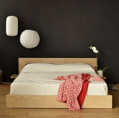 The Kulu - a Japanese style bed from Natural Bed Company.