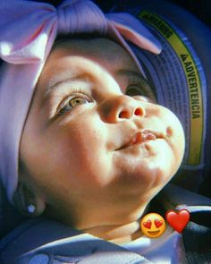 Cute Kids Pics, Cute Baby Girl Pictures, Cute Little Baby, Little Babies, Cute Babies Photography, Baby Icon, Cute Baby Wallpaper, Cute Funny Babies, Cute Baby Videos