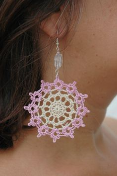 Crochet earring jewelry - Large crochet earring - Crochet earring - Pink and beige - Textile Jewelry - Round earrings