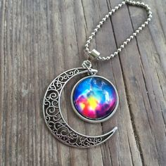 Moon necklace Brand new. Average chain length. Silver alloy. Jewelry Necklaces