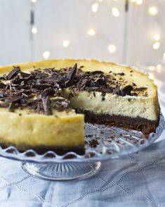 Just beautiful. A winter cheesecake with white chocolate and ginger and a chocolatey biscuit base. From Mary Berry, of course!