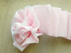 crepe paper flowers! easy party decorating