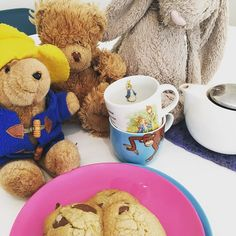 Tea party time! The monkeys LOVE a tea party. Get them to make invitations for all their furry friends or dolls and bake something special with them.  Everyone will love it including you!   #preschoolerlife #toddler #toddlerlife #toddleractivity #kidscrafts #kidsactivities #montessori #parenting #sahm #wahm #earlychildhood #childhoodunplugged #australia #playideas #boxformonkeys #instahappy #education #familyfirst #qualitytime #kidsgiftideas #subscriptionbox #mum #finemotor #imaginativeplay…