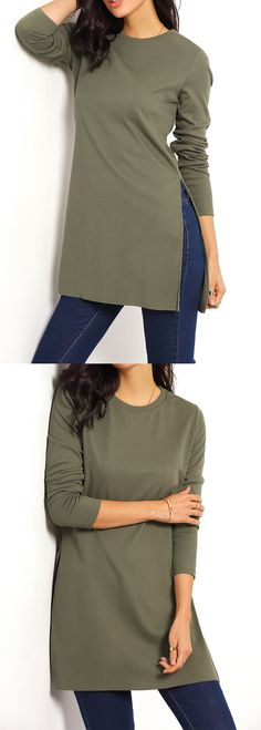 This is a long T-shirt. Casual loose one with ,round neck, long sleeve and split one side. Army green plain T-shirt for US$9.99 at romwe.com.