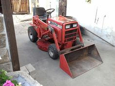 Small Garden Tractor, Tractor Loader, Tractor Attachments, Case Tractors, Lawn And Garden, Lawn Mower, Lawns, Farmer, Motorcycles