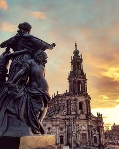 Dresden, Location, Statue Of Liberty, Travel, Instagram, Arquitetura, Time Travel, Germany, Photo Illustration