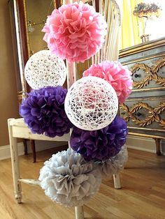 Pompones rosas y púrpuras con algodón nieve por BubblyNewYork