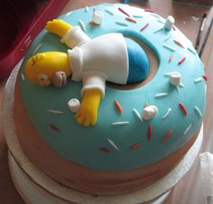 Homer Simpson cake Simpsons Cake, Simpsons Party, Homer Simpson, Unique Cakes, Creative Cakes, 30 Cake, Fathers Day Cake, Donut Shape, Dessert Cake Recipes