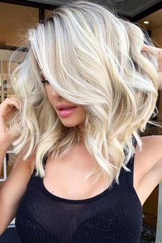 65 Beautiful And Super Stylish Bob Haircuts Side Parted Wavy Lob If you are looking for a cut that is not only chic but also timeless, one of the bob haircuts is to go for. There are bob styles that are in the limelight. Bob Style Haircuts, Angled Bob Haircuts, Long Bob Hairstyles, Wedding Hairstyles, Beach Hairstyles, Modern Haircuts, Homecoming Hairstyles, Elegant Hairstyles, Party Hairstyles