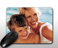 Fényképes egérpad - téglalap alakú - Textil bevonatú, gumírozott alapú termék, melyet kedvenc fotójával, de akár logóval, grafikával is meg lehet rendelni. A fénykép mellett akár egyedi szöveg elhelyezésére is van lehetőség. - Egyedi fényképes ajándékok webáruháza - www.kepesajandekom.hu Over Ear Headphones