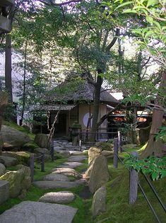 "Kokeniwa : Moss garden Cha-Shitsu : tearoom  The name of tearoom is ""Rinchi-Tei"".  Nozaki's histrical museum (Nozaki's old house) Kurashiki, Okayama, Japan"