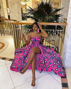 African Fashion Ankara, African Models, African Print Fashion, Africa Fashion, Fashion Prints, Fashion Design, Fashion Styles, African Prints, Style Fashion